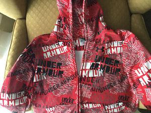 Under Armour youths xl large zip up with hoodie