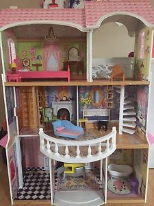 Wanted: Dollhouse