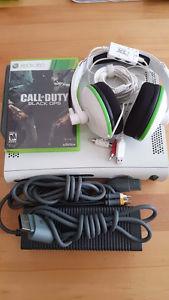 Xbox 360 w/ Turtle Beach Earforce XL1 Headset and CoD Black