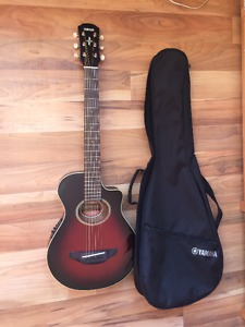 Yamaha apx2 travel guitar