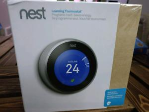 BRAND NEW SEALED IN BOX 3RD Generation Nest Thermostat