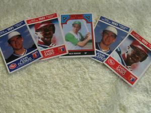 "FIVE OLD ""POST"" SUPER STAR SERIES MLB  COLLECTOR'S CARDS"