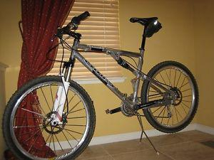Mountain Bike for sale Mens Bicycle