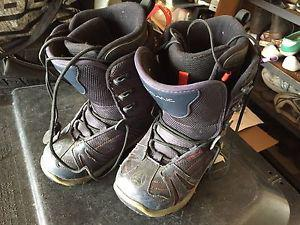 Snowboard Boots for Juniors Sizes Men's 2, 4 Women's 8, 10