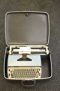 Typewriter Smith Corona Electra 220