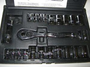 26 PC GO THRU SOCKET SET (SAE/METRIC)