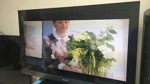 """40"""" Sony Bravia TV"""