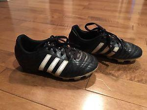 Addidas soccer cleats size Y13