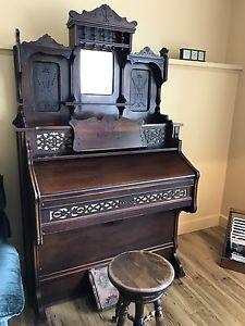 Antique Victorian late 's Karn Pump Organ