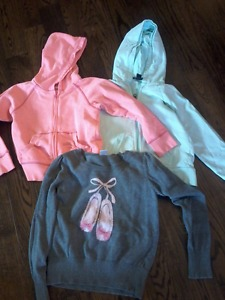 Clothes for youth girls, size 6-7 all 23 items $