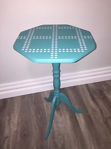 Cute accent/bed side table