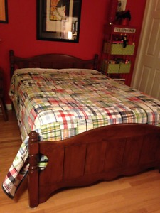 High Quality Double Mattress Bedroom Set - Won't last long