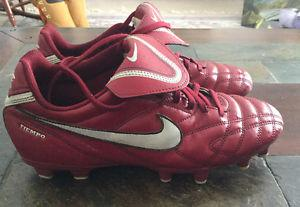 Ladies Nike soccer cleats size 7