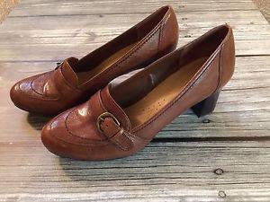 Naturalizer loafer heels
