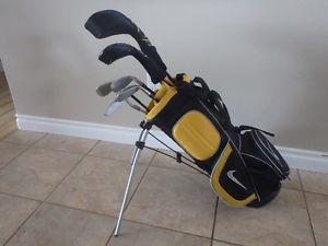 Nike Junior 6 Piece Left Hand Golf Club Set