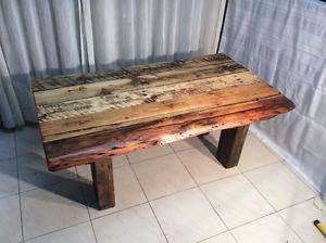 Rustic coffee table,reclaimed barnwood 195$!!