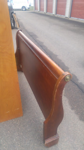 Sleigh bed and dresser