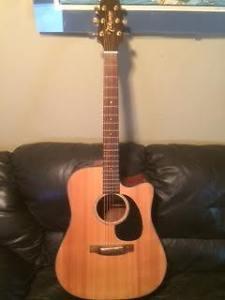 Takamine EG340SC Acoustic/Electric Guitar