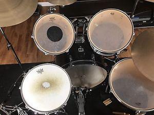 5 Piece Westbury Drum Kit & Sabian Cymbals