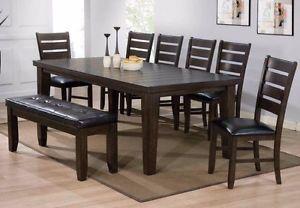 BEAUTIFUL Oak Finish Dining Table Set BRAND