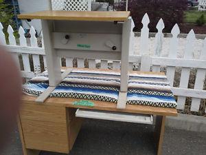 Heavy Duty Adjustable Table Desk.