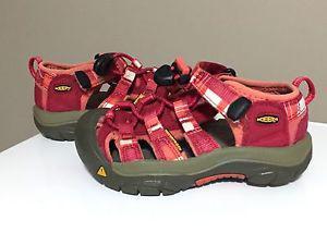 Keen toddler size 10 waterproof sandals