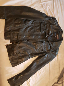 Ladies leather jacket size small