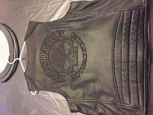 Men's Large Authentic Harley Davidson Vest