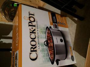 New Crock pot - box unopened!