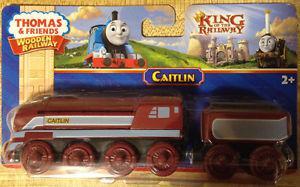 THOMAS & FRIENDS WOODEN RAILWAY-CAITLIN & TENDER TRAIN SET
