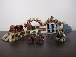 lego lord of the rings  – BARREL ESCAPE 5 minifigures