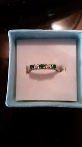 10Kt White Gold with Genuine Diamond & Emerald Eternity band