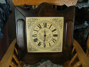 Horloge rustique en bois
