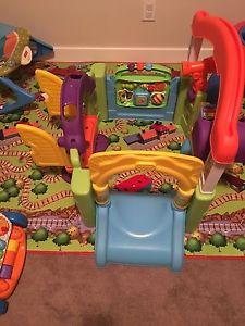 Little tikes garden activity toy/ little house