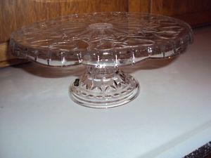 New in Box Godinger Shannon 24% lead crystal cake plate