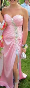 Tony Bowls size 4 Prom Dress
