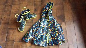Wanted: manteau et botte de pluie/boots and rain jacket