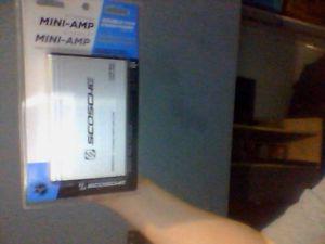 Amp (400 watts SCOSCHE MINI 4 Chanel car amp)