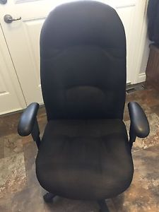 Deluxe Executive Black Office Chair