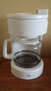 Durabrand 12 C Coffee Mmaker