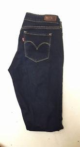 Levis 26 Skinny Jeans