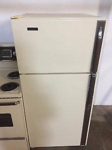 Matching Fridge and stove with range hood