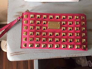 Michael Kors wristlet limited edition
