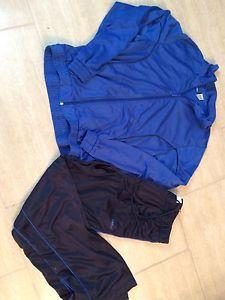 Reebok gym set, size large
