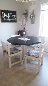 Refurbished dining room table set