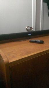Samsung Bluetooth Soundbar, Sudwoofer and Remote