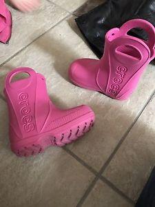 Size 7 crocs girls rain boots
