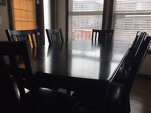 Wanted: Dining Table with 6 chairs