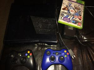 Xbox  gb, with 2 controllers and Madden 13