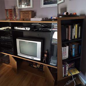 Entertainment Centre & TV